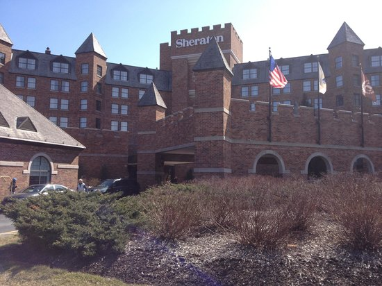 Sheraton Parsippany Hotel: A princess castle!