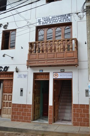 Chachapoyas Backpackers Hostal: entrance