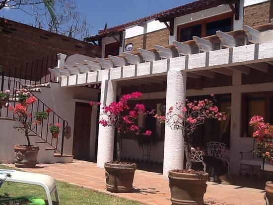 Villas Xochiquetzal Hotel: vista de la cabaña