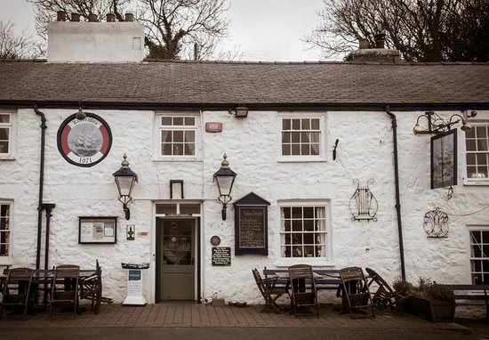 Isola di Anglesey, UK: Ship Inn - Exterior