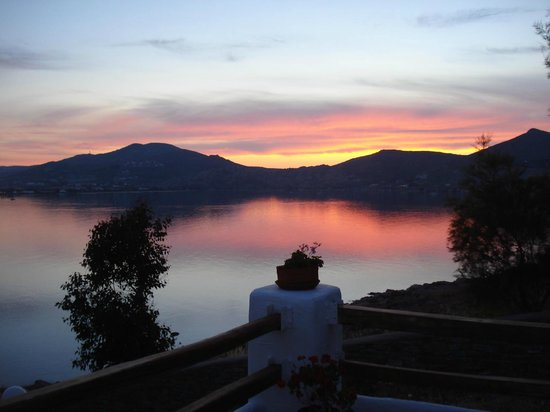 Votsalo Apartments: Sunset