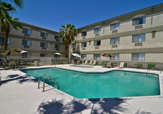Quality Inn & Suites: getlstd_property_photo