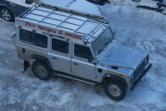 Les Neiges d'Antan: Jeep taking us to the slopes