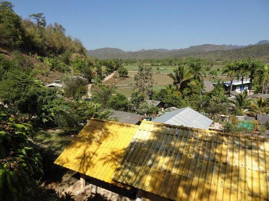 Baan Famui: View 1
