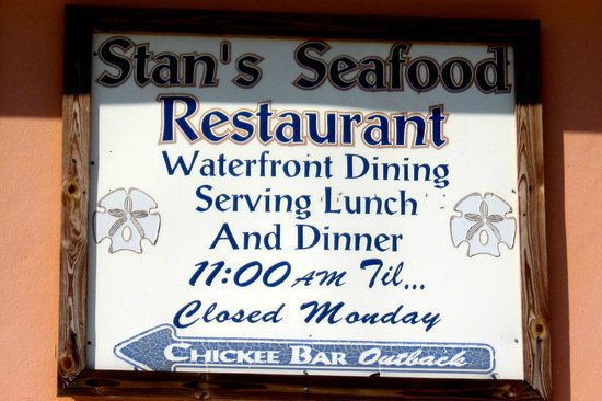 Stan's Idle Hour Restaurant: Sign with details