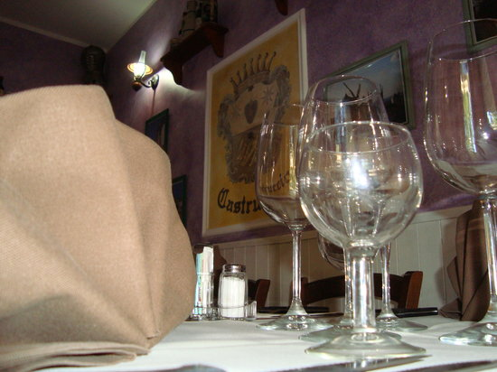 La Taverna: la sera.........