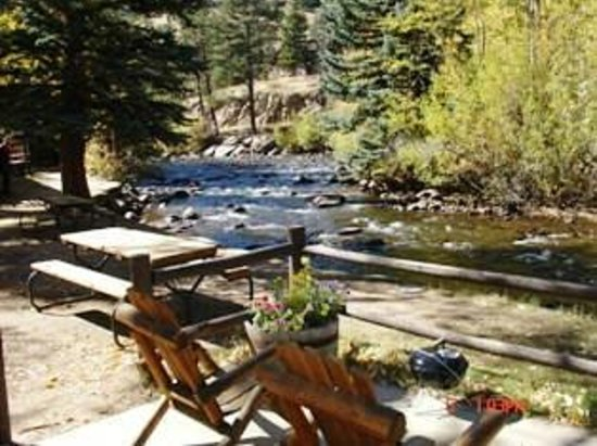 Glacier Lodge: Riverside One Bedroom Beaver Creek