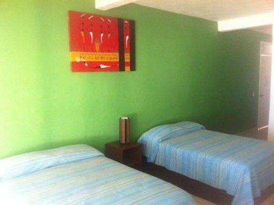 Habitaciones picture of hotel canto del mar lazaro for Habitaciones sobre el mar