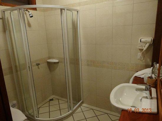 Sala Prabang Hotel: Bathroom