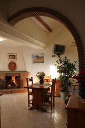 Villa Patrizia: la mia stanza preferita: col caminetto!