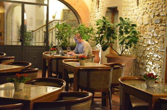 Hotel Mulino di Firenze: Área Externa