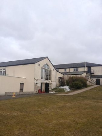 Lochside House Hotel & Spa: rear of building