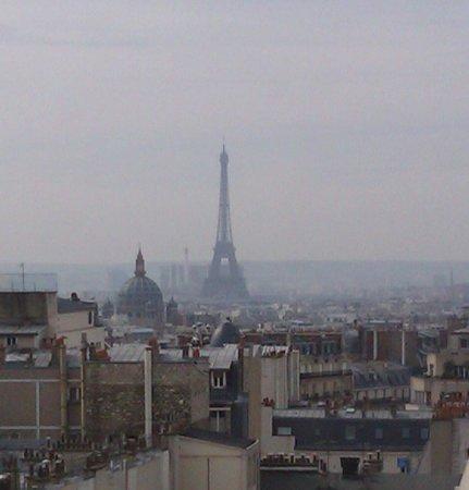 مركيور باريس مونمارتر ساكر كور: view from room 946