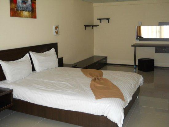Hotel Fortuna: Dormitor apartament