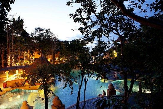 Crown Lanta Resort & Spa: Resort main pool
