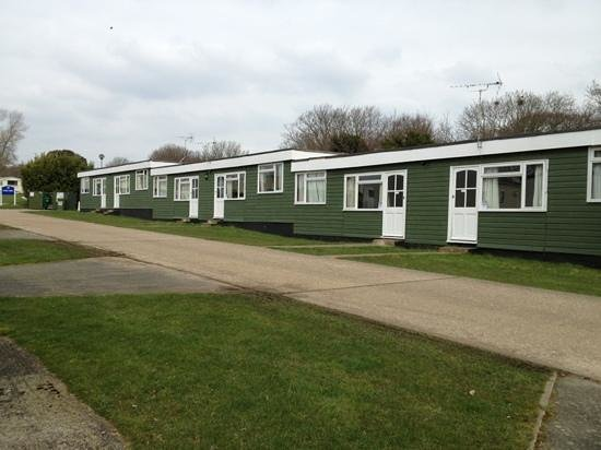 Nodes Point Holiday Park - Park Resorts: chalet/shed