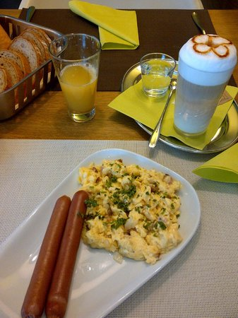 Wellness Hotel Amenity Zlin: Awesome breakfast