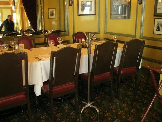 Fior d'Italia: One of our semi private rooms