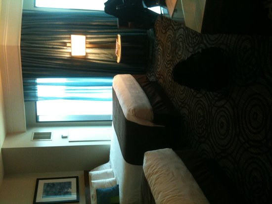 The Fox Tower at Foxwoods: Bed view from doorway
