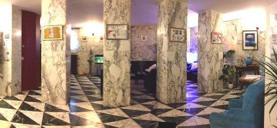 Hotel Raffaello: Ingresso- Reception