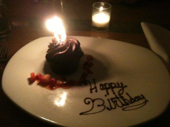 Alta Strada Foxwoods: Birthday dessert