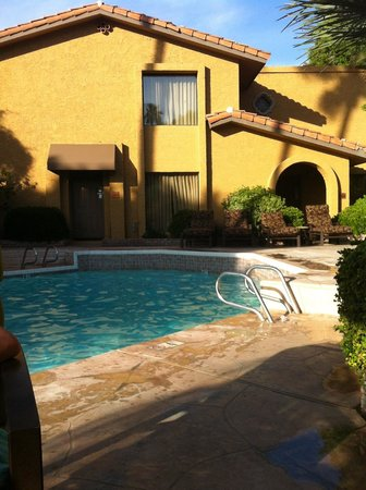 Pointe Hilton Squaw Peak Resort: Casita near smaller community pool