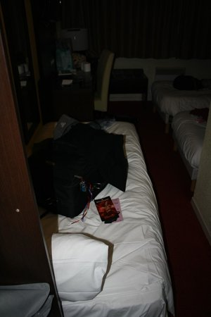 Comfort Hotel Orly Draveil: CRAMPED AREA