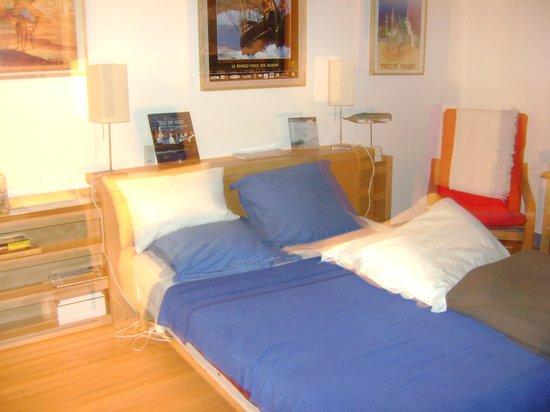 La Maison Bleue : la chambre bleue