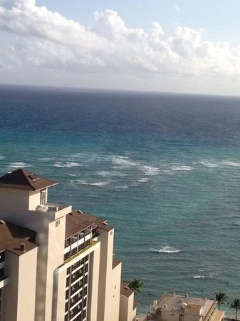 Trump International Hotel Waikiki: Views