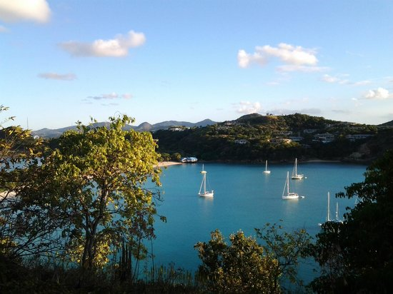 Ships anchored in Hideaway Bay - view from atop Fort Barrington