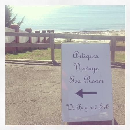 Felicity's Vintage & Tea Room: Glorious location