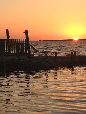 Bay Harbor Lodge: Gorgeous Sunsets