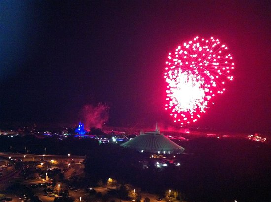 Bay Lake Tower at Disney's Contemporary Resort: Wishes fireworks from BLT rooftop.