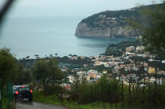 Villa Monica B&B: Following Pasquale down the mountain...