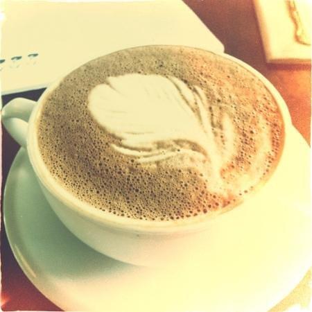 Astoria Coffeehouse: cardamom mocha