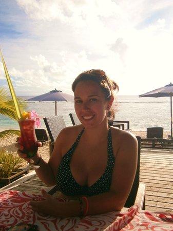 Manuia Beach Resort: Cocktails! Amazing!
