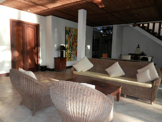 Ubud Villas and Spa: Jasmine Suite dinning/sittling/lounge