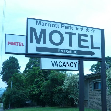 Marriott Park Motel: Motel entrance