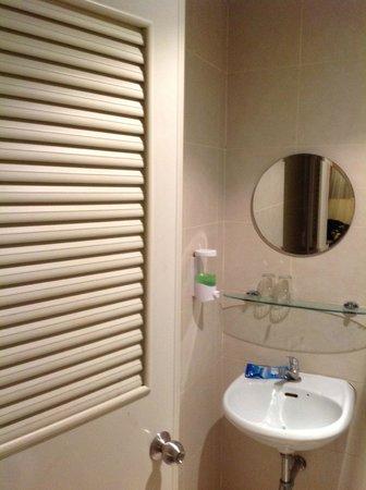 The Mix Bangkok : Bathroom
