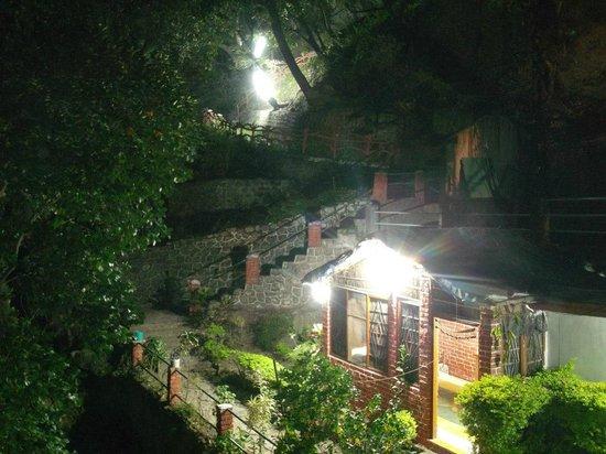 O.G.S. Tourist Home: reception