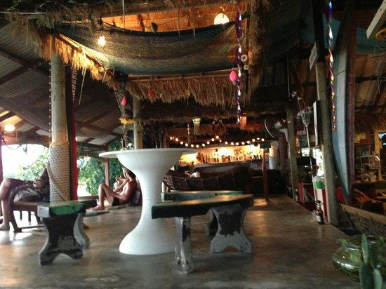 Joon Bungalow & Heartbreak Restaurant: Heartbreak Restaurant