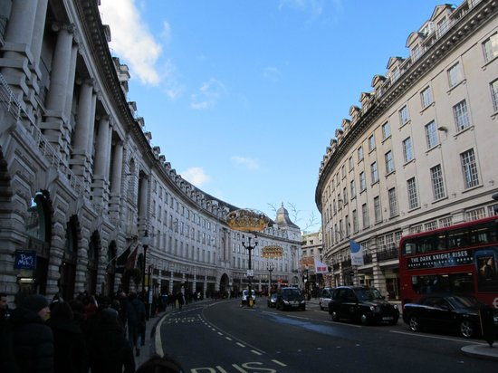 Tim's London Tours - Day Tours: Picadilly Circus
