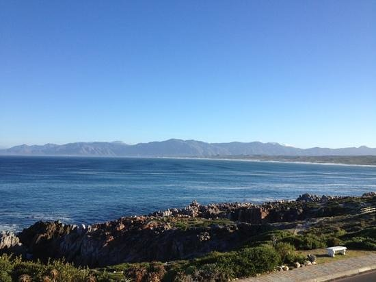 Whalesong Lodge: view from De Kelders