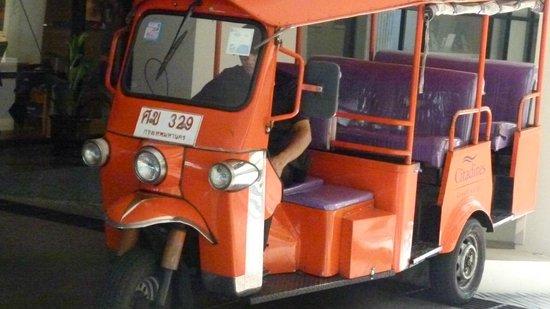 Citadines Sukhumvit 8 Bangkok: Citadines Sukhumvit 8 free tuk-tuk