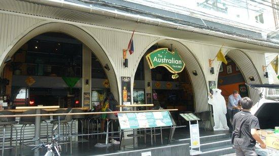 Citadines Sukhumvit 8 Bangkok: Aussie bar - Sukhumvit Soi 11