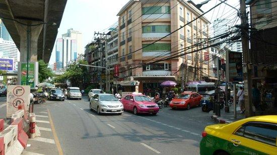 Citadines Sukhumvit 8 Bangkok: Cnr Sukhumvit and Soi 8