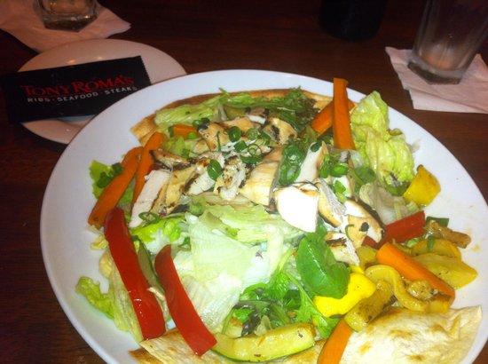 Tony Roma's: salad