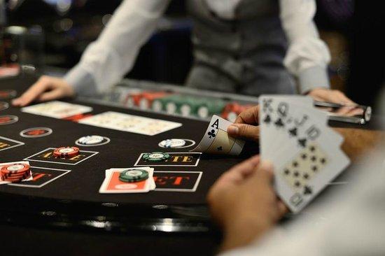 Fairmont Cairo, Nile City : Casino