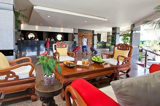 The Breezes Bali Resort & Spa: The Breezes Bali Lobby Area