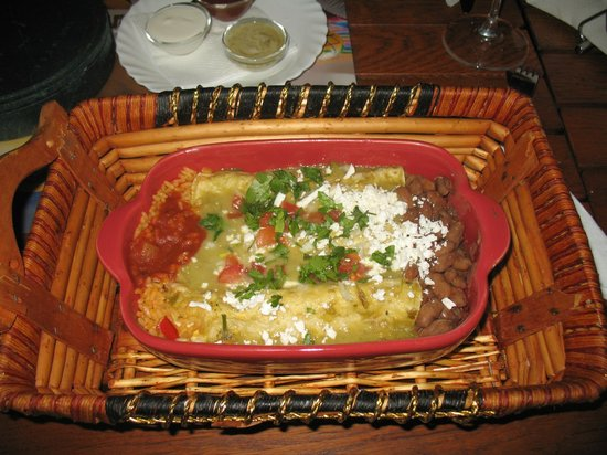 El Torito: Luke warm and lacking flavour. (Enchiladas)